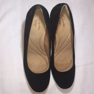 Clark's Indigo Black Pumps Size 10M 3.5 inch heel